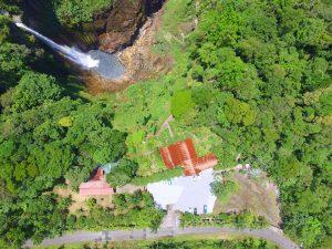 Catarata del toro drone view