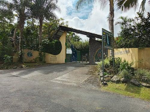 Entrance Catarata Del Toro